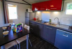 Holiday rental in the Dordogne with fully equipped kitchen - Hameaux de Pomette